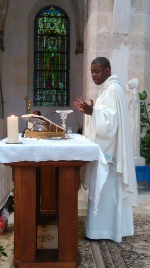 Père Eric Célébration (1)