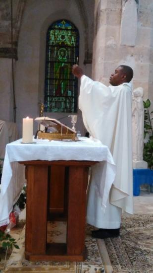 Père Eric Célébration (4)