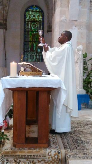 Père Eric Célébration (5)